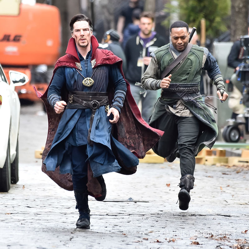 """NEW YORK, NEW YORK - APRIL 02: Actors Benedict Cumberbatch (L) and Chiwetel Ejiofor are seen filming """"Doctor Strange"""" on location on April 2, 2016 in New York City. (Photo by Michael Stewart/GC Images)"""